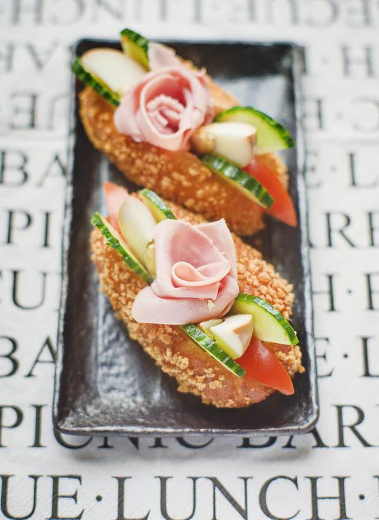 salad boat sandwich