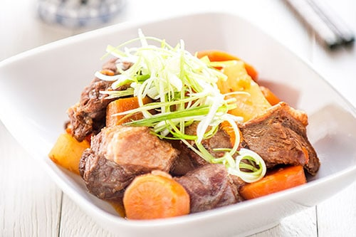 Daikon and Carrot Beef Stew